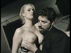 美しい女性は彼女の膣にディルドを再生します。 女の子 の ため の 無料 エッチ 動画